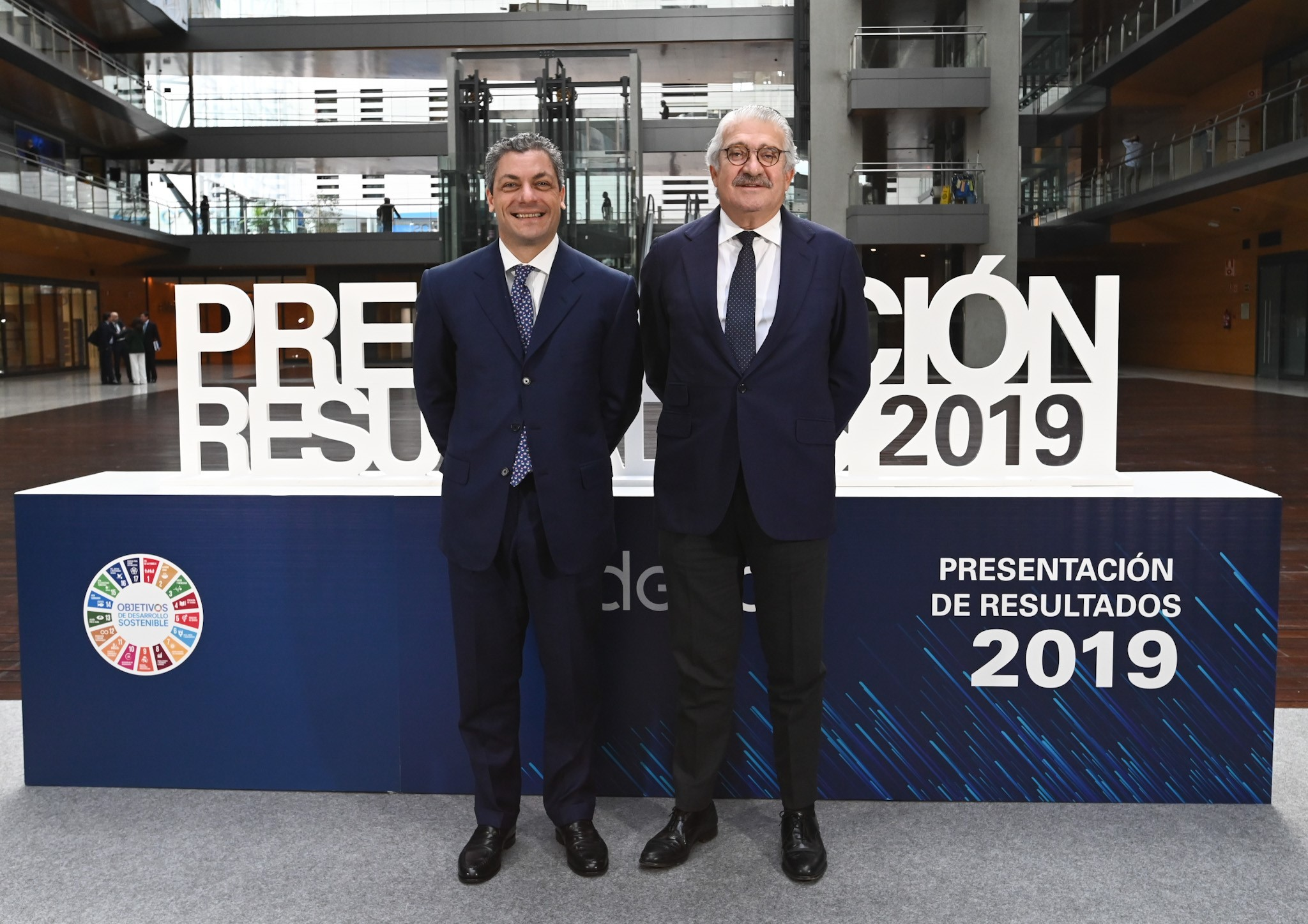 The General Manager of Administration, Finance and Control Iberia, Luca Passa, with Endesa CEO José Bogas